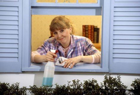 how-to-clean-window-sills
